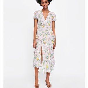 GORGEOUS ZARA NWT Floral Chiffon Dress
